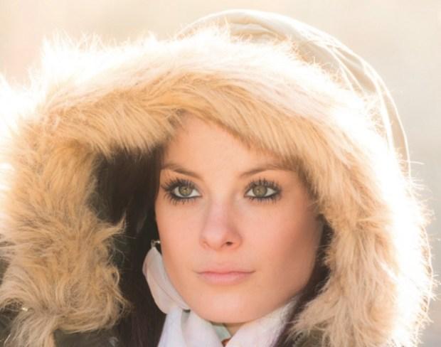 Sunny winter girl