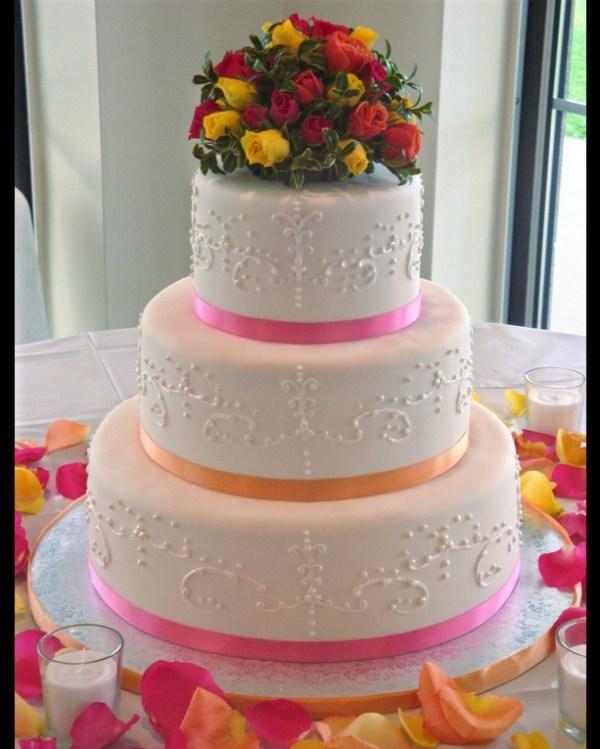 red yellow rose cake