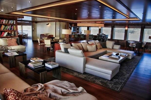 a-room-inside-spielbergs-yacht