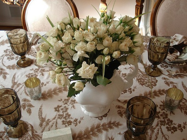 Table with White Roses