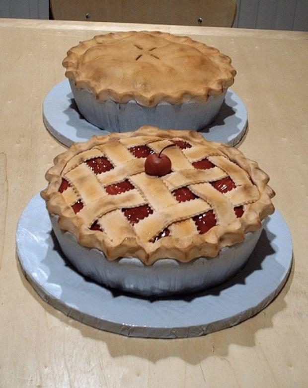 thanksgiving-fondant-covered-cakes