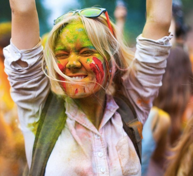 The girl on the Holi festival of colors
