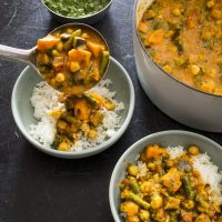 Indian-Style Vegetable Curry with Potatoes and Cauliflower
