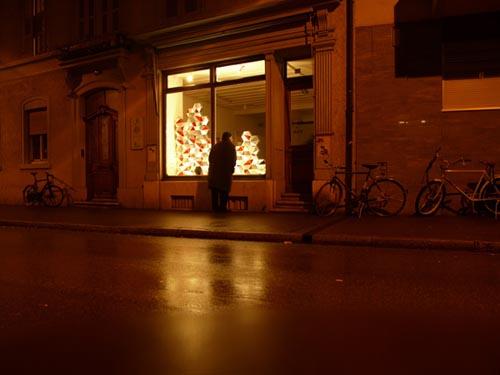 looking-glass-1.jpg