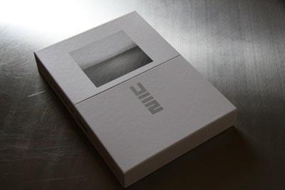 u2-packaging-2.jpg