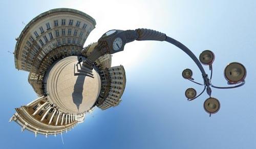 weeplanet-jump1.jpg