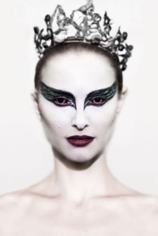 BlackSwan4_2010.jpg