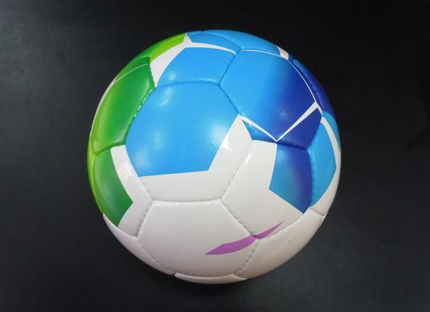 rstoo-balls2.jpg