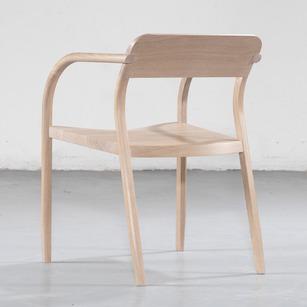 Curvas-chair-3.jpg