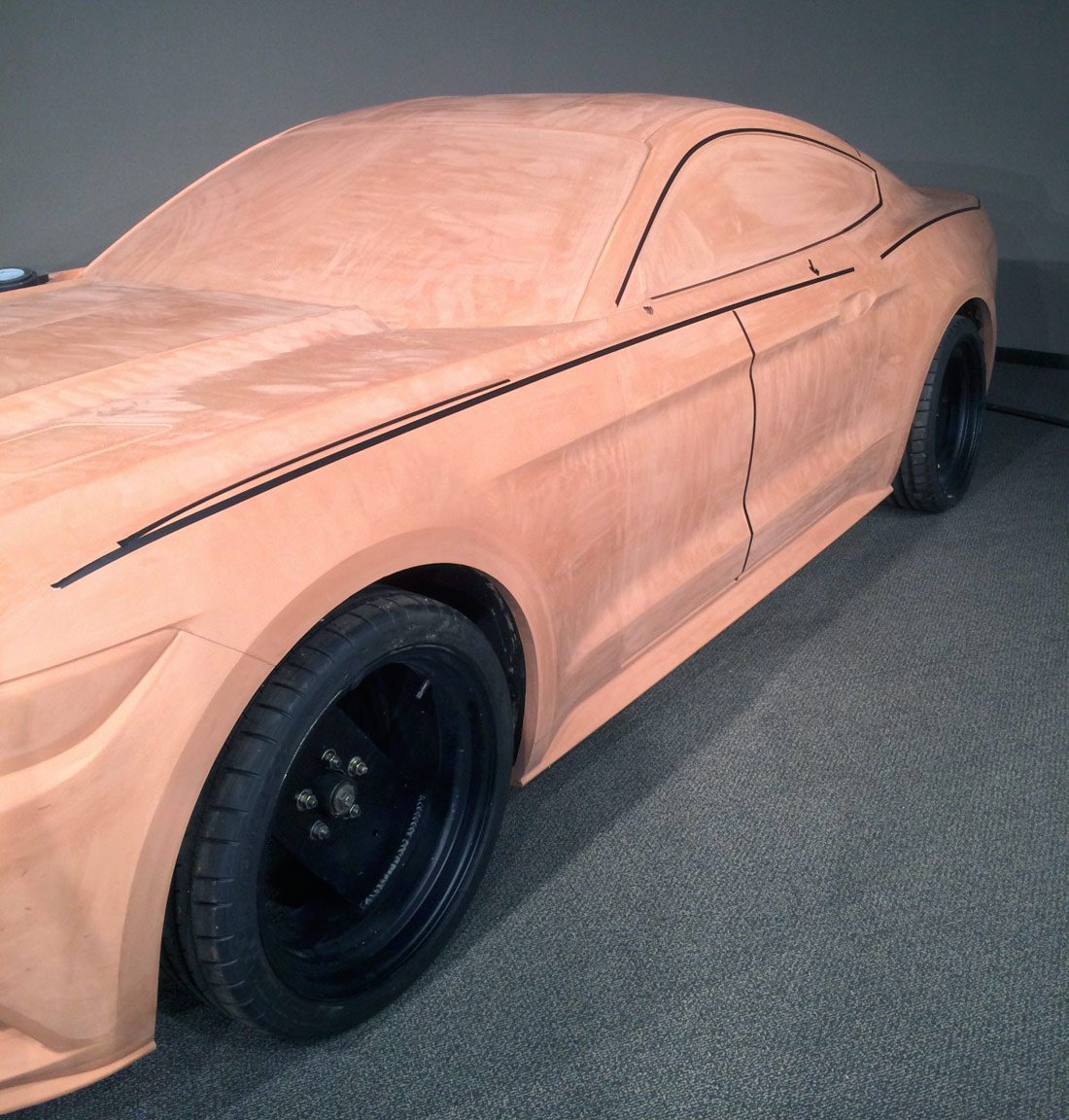 We understand how to mold a plasticine from a car