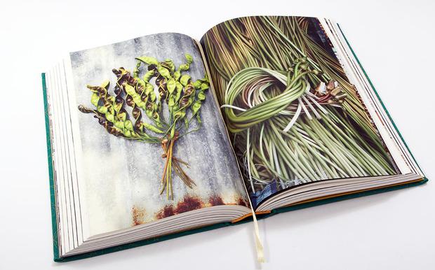 Five creative cookbooks cool hunting phaidon thailand cookbook 2g solutioingenieria Gallery