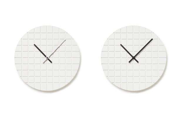 assembly-design-00-clock-1.jpg