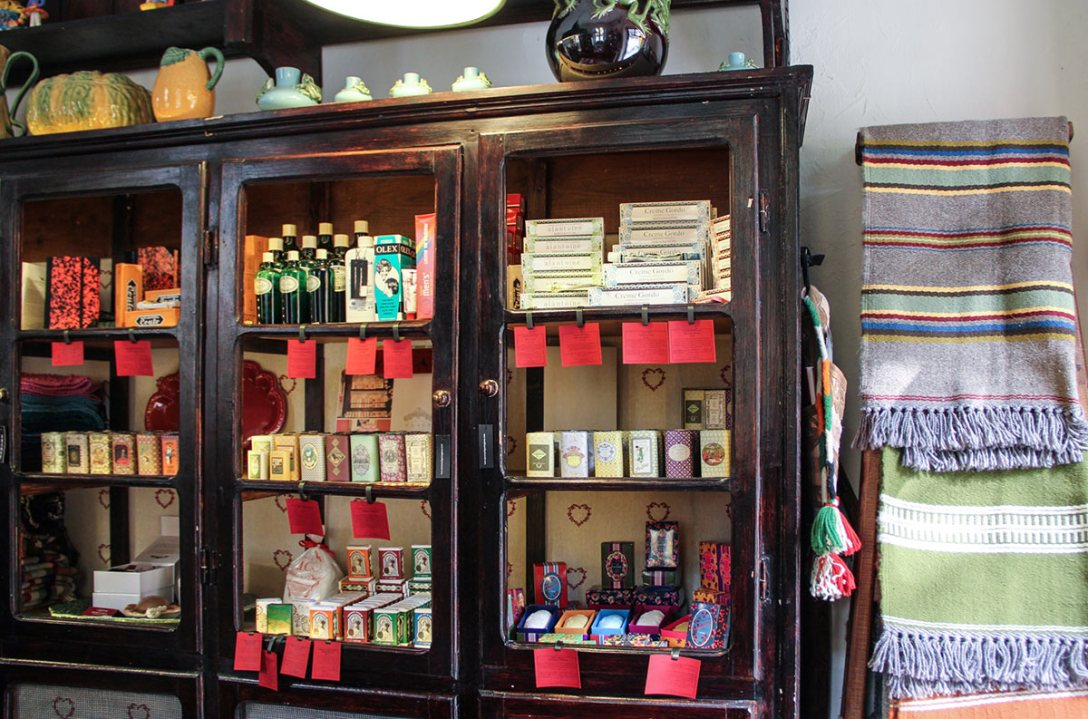 mercearia-portuguesa-macau-portugues-goods-china.jpg