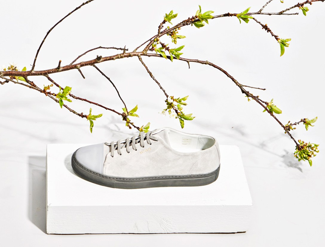 new-axel-arigato-low-top-suede-leather-sneaker-2.jpg