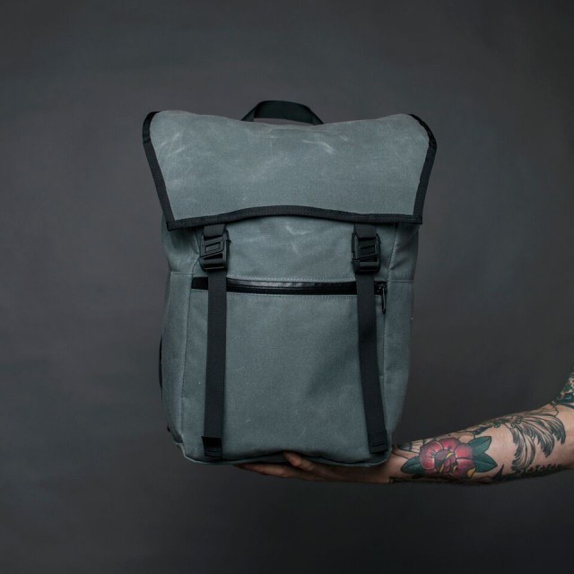 YNOT Magnetica Everyday Backpack