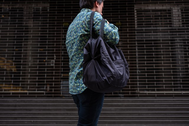 Japan's Shupatto Bags Easily Collapse for Simple Stowing