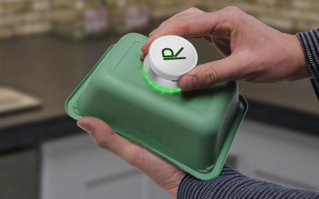 The R.I.D, a Pocket-Sized Device That Detects Recyclable Material