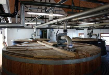 Ardbeg-Whisky-Distillery-5.jpg