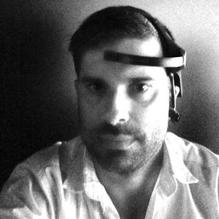hyperfeel-neurosky-selfie.jpg