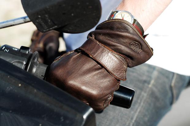 Ride-America-Deus-glove.jpg