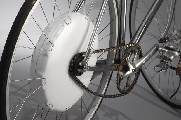 flykly-smart-wheel-1.jpg