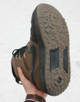 Poler-Nike-Snowboard-boot-2.jpg