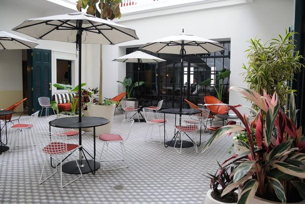 american-trade-hotel-ace-courtyard.jpg