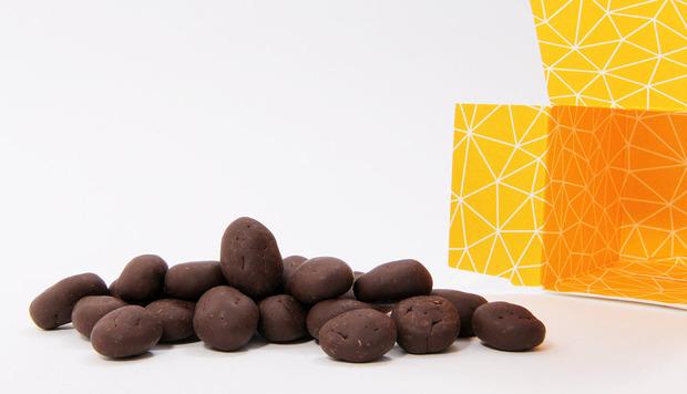 beta5-chocolates-marcona-pebbles.jpg