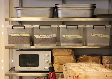 Omnom-Chocolate-storage.jpg
