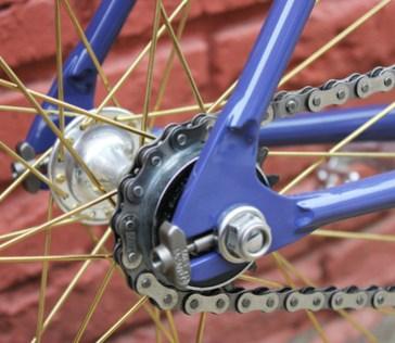 Airtight-Cycles-Mobius-dropout-2.jpg