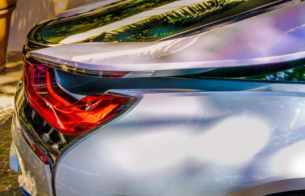 7.BMW_i8_wings.jpg