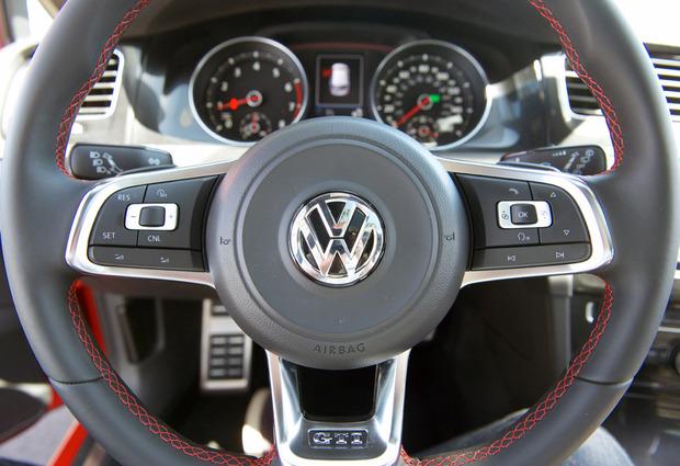 TestDrive-2015-VW-GTI-04.jpg