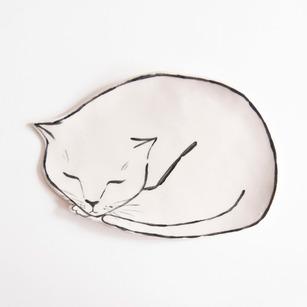 cat-dish-leah-goren-ceramics.jpg