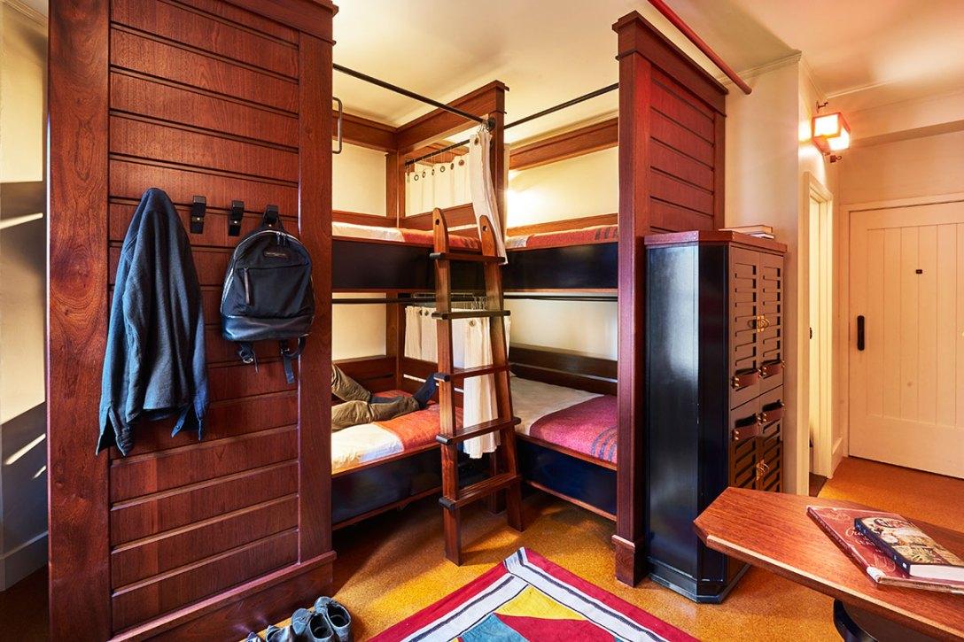 new-freehand-chicago-hotel-hostel-quad-design.jpg