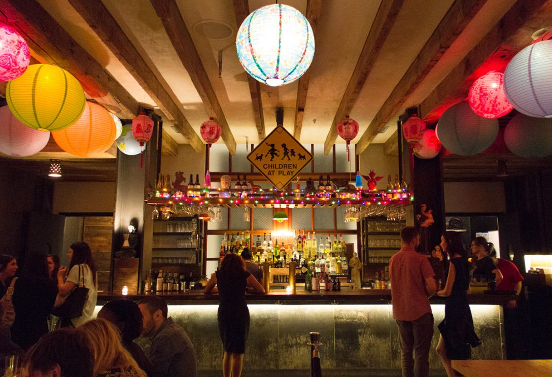 pod-39-hotel-bar-lobby-common-area-ny.jpg