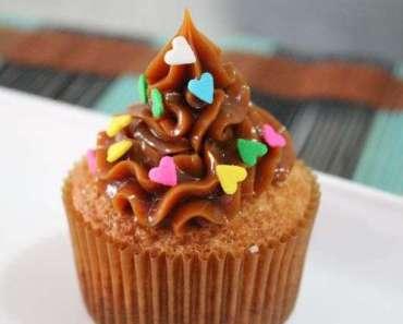 Cupcake com passo a passo de como rechear