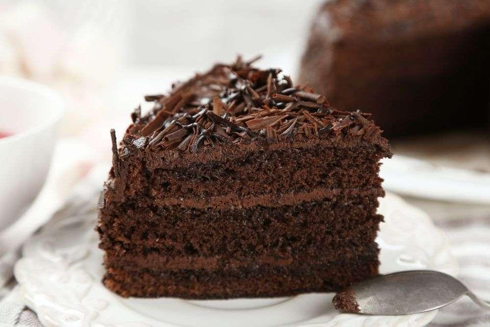 Receita de Bolo de Chocolate com cobertura de brigadeiro