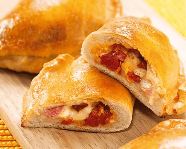 Receita de Calzone de presunto, queijo e tomate seco