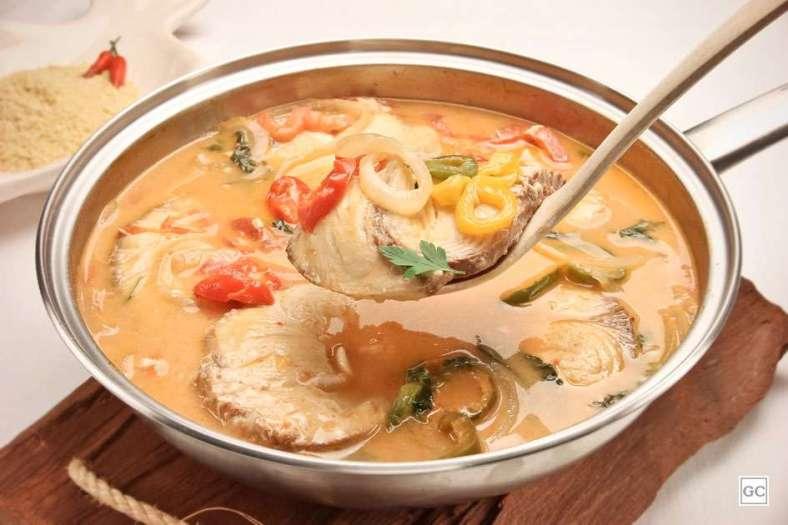 Receita de Peixe cozido no leite de coco Fácil e Gostoso