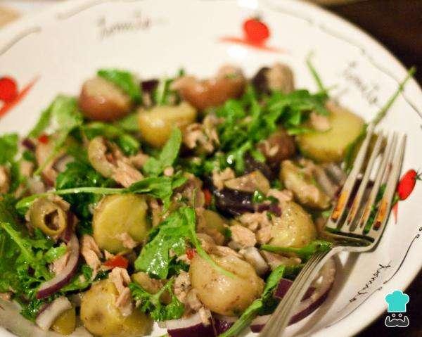Receita de Salada fria de atum com batata