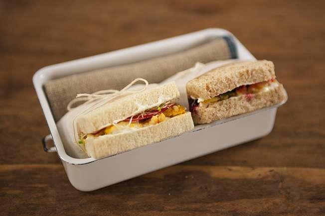 Receita de Tea sandwich (sanduíche frio de peixe)