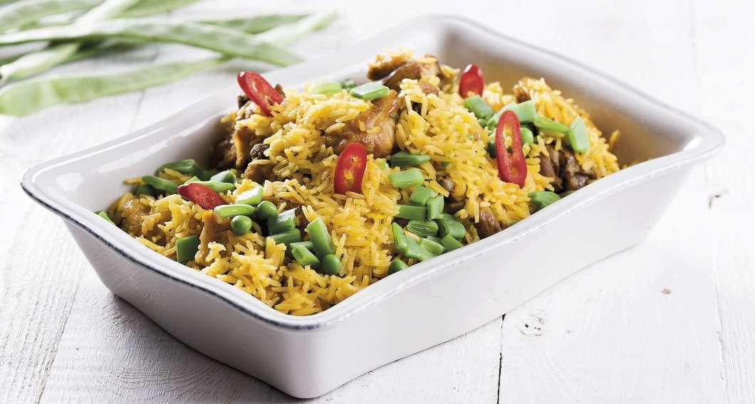 Receita de Arroz de frango com legumes e açafrão