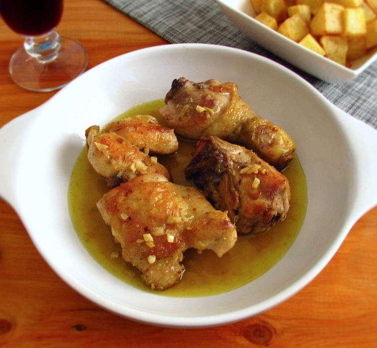 Receita de Frango frito com batatas