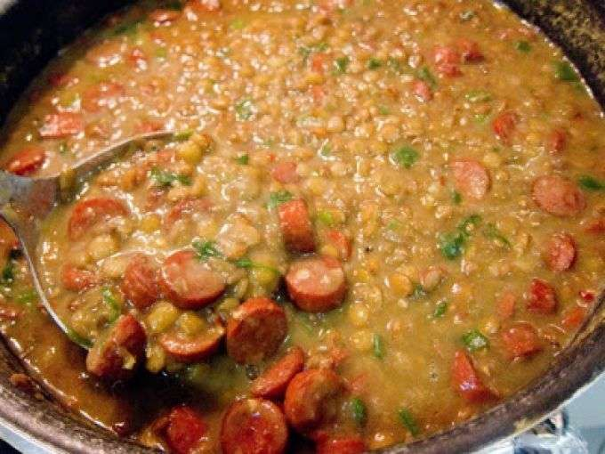 Receita de Sopa de lentilha com carne moída para Ano Novo