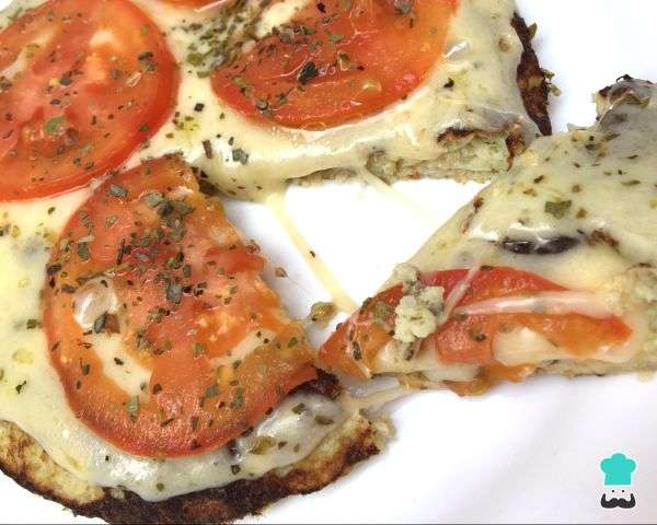 Receita de Pizza de frigideira low carb