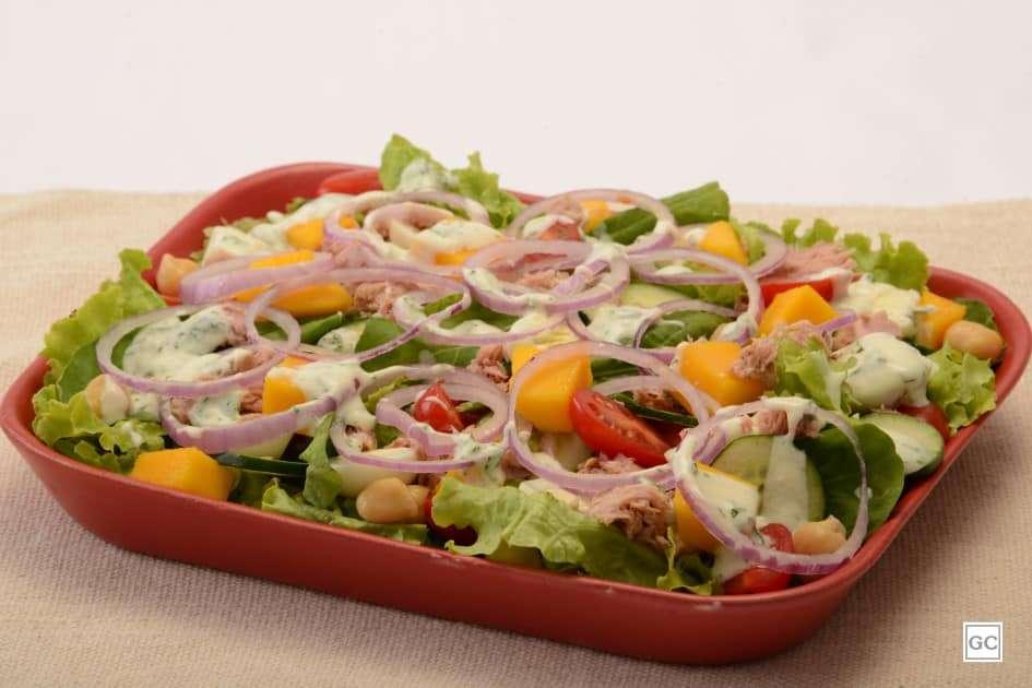 Receita de almoço de Salada completa colorida
