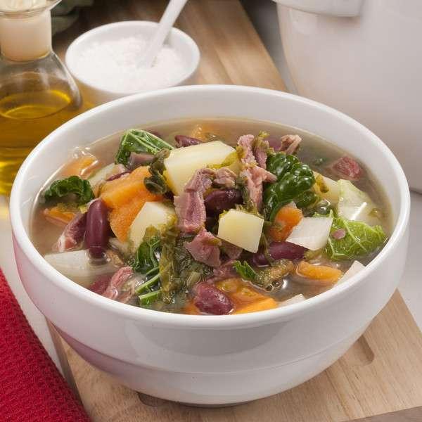 Receita de Sopa de carne com legumes Picados