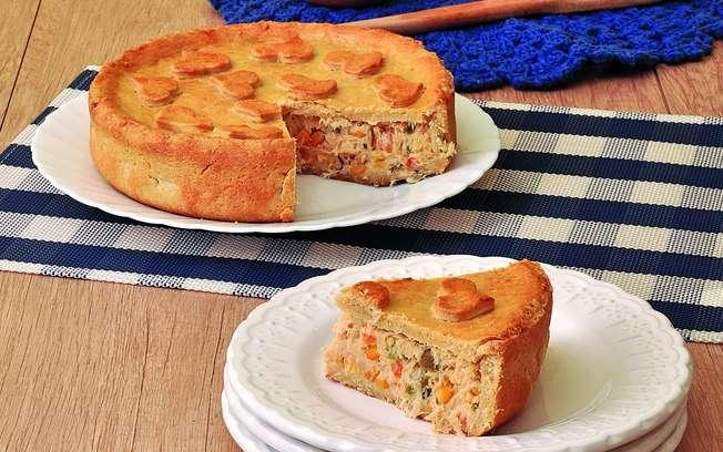 Receita de Torta De Frango Com Requeijão da Vovô