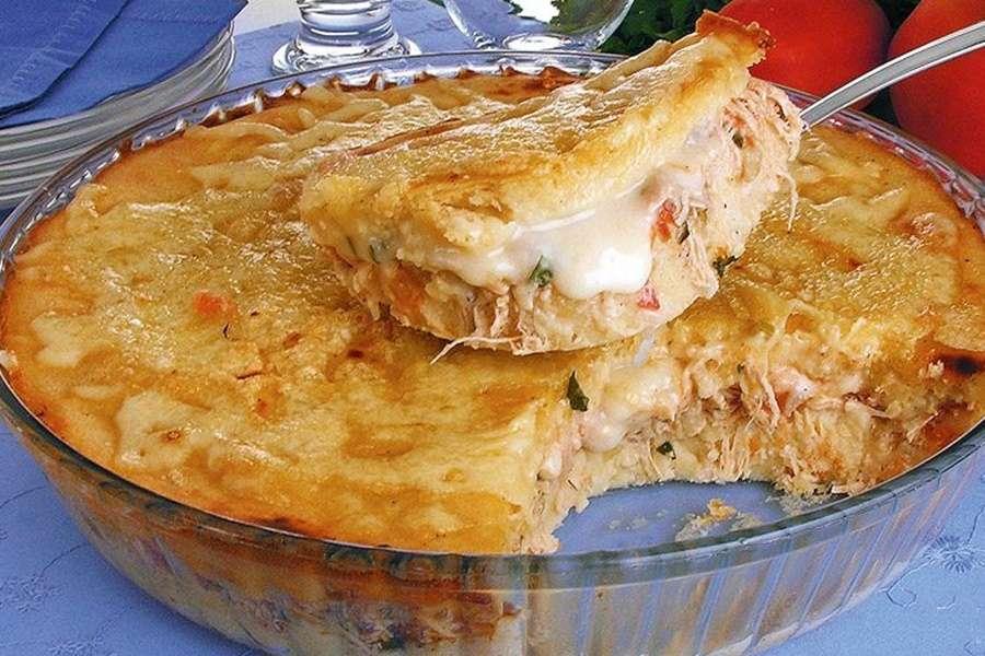 Receita de Torta de Frango com Requeijão Cremoso Fácil
