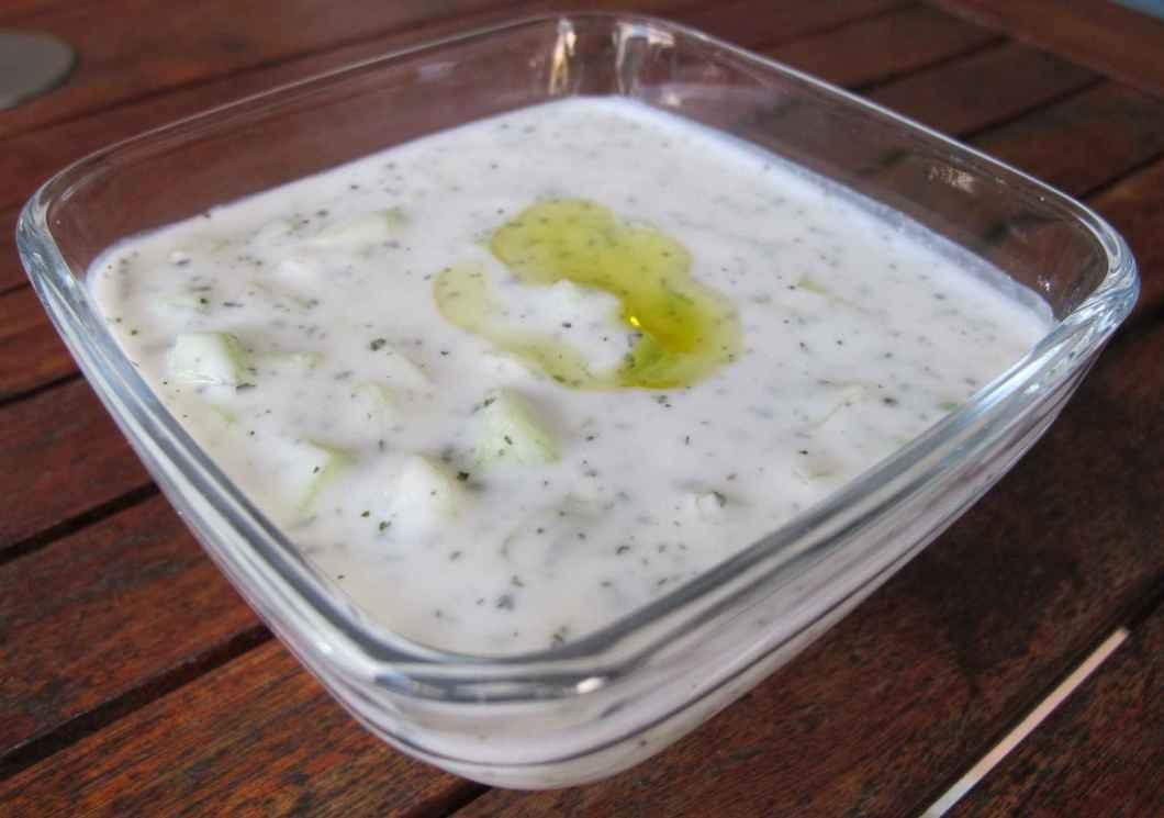 Receita de Molho de Alho e Iogurte Delicioso